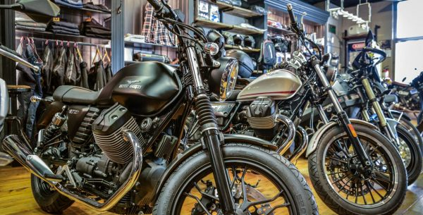 de motorzaak amsterdam officiele moto guzzi dealer (2)